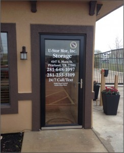 Slideshow GLASS DOOR LETTERING